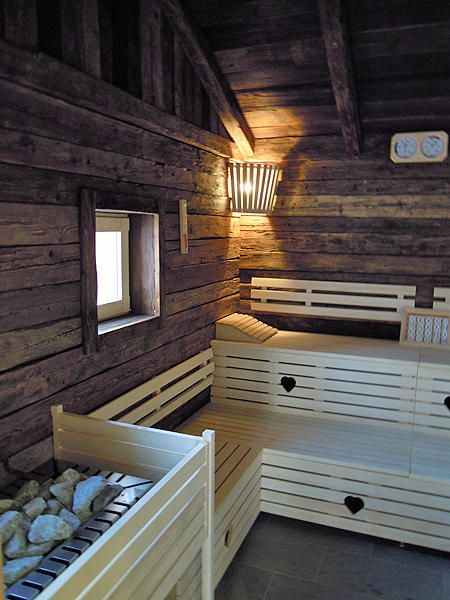 urige sauna saunawelt finnische sauna dampfbad und mehr. Black Bedroom Furniture Sets. Home Design Ideas